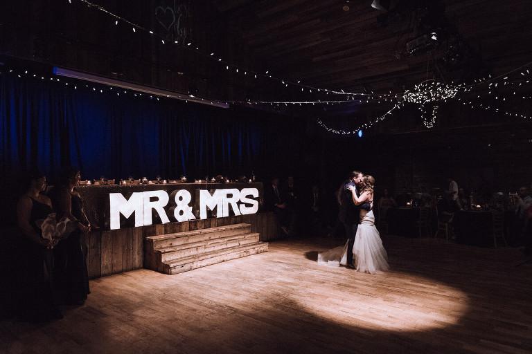 Blue Mountain wedding